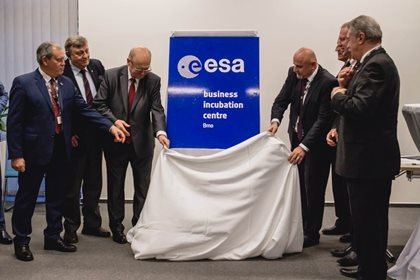From #brnoregion into space. And back
